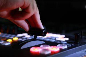 La scure del Mise sulle emittenti locali abruzzesi